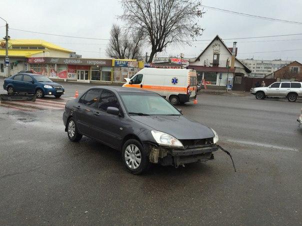 Скорые угрожают пешеходам и автомобилям (ФОТО)
