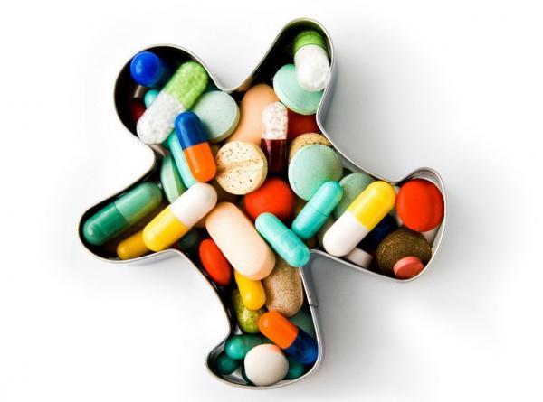Горожан накормят сомнительными препаратами