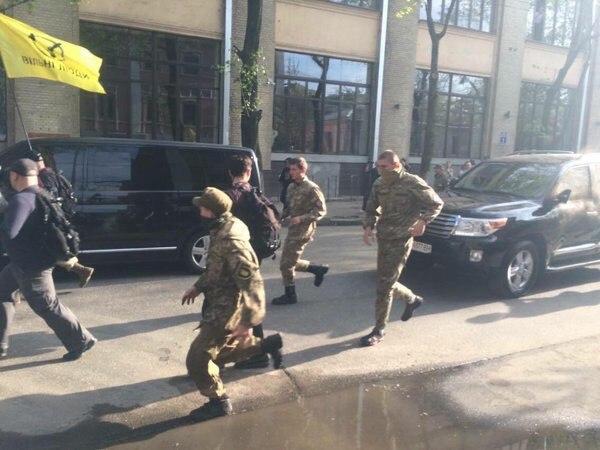 В Харькове - новые столкновения (Дополнено)