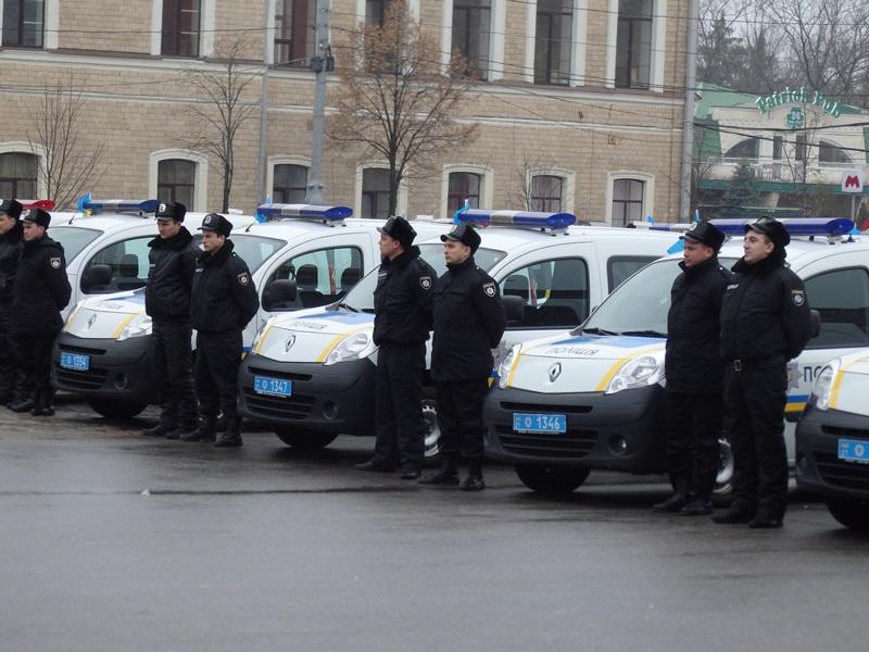 Харьковские копы страдают из-за автобусов и планшетов