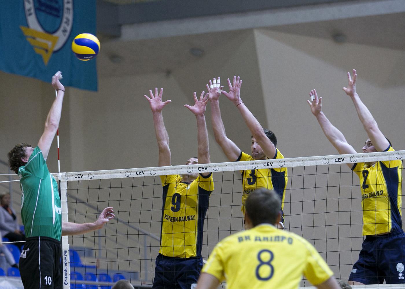 Харьковские волейболисты в шаге от триумфа