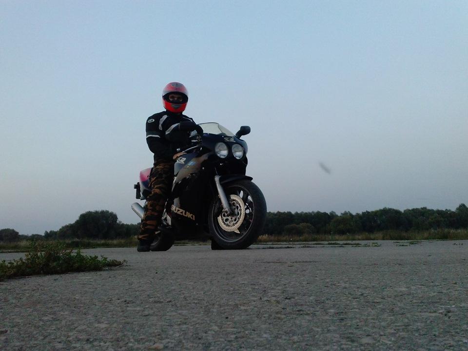 Харьковский мотоциклист подал в суд на мэра