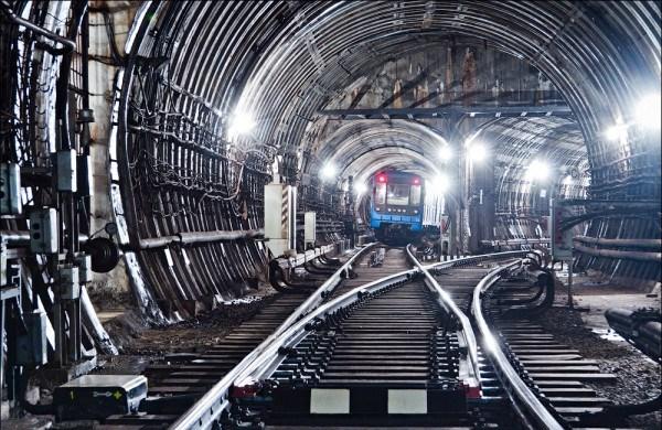 Харьковское метро будет работать дольше