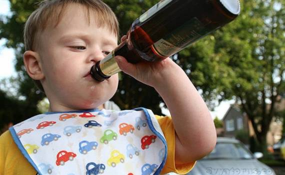 Родителям вкатали штраф за пьяного ребенка