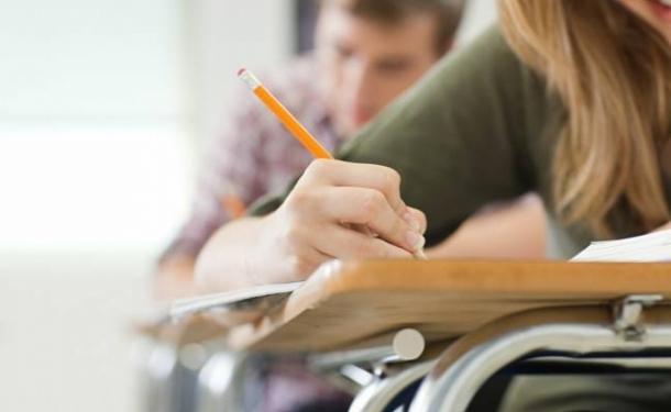 Харьковские студенты массово пишут кляузы (ИНФОГРАФИКА)
