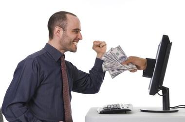 Компьютерщиков и копирайтеров заставят платить