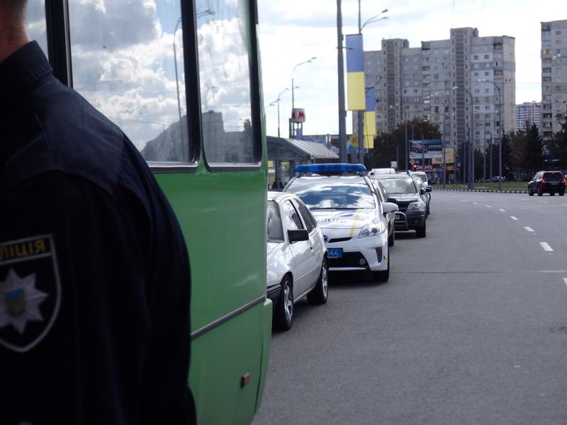 Харьковские копы взялись за маршруточников (ФОТО, ВИДЕО)