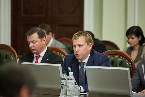 Хомутынник об обысках в Харькове: Это прямое давление на партию «Відродження»