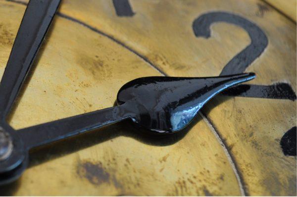 Часы доставили хлопот харьковчанам