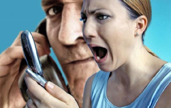 Телефонные маньяки жестоко наказали харьковчанку