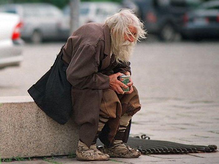 Харьковчан бросили в пропасть нищеты