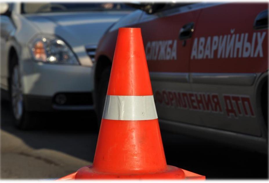 Автобус попал в аварию на Харьковщине (ФОТО)