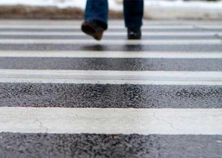 Харьковских должников отправят гулять