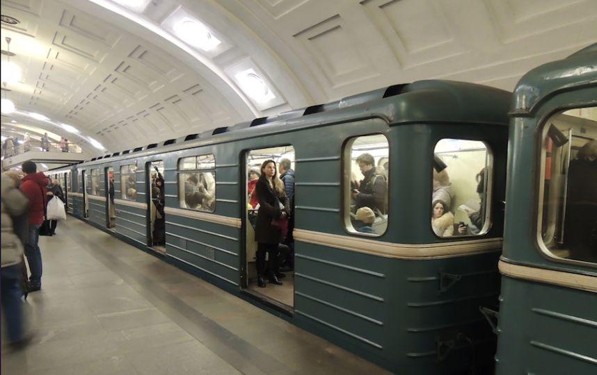 Переполох в харьковском метро. Людей не пускали на станции