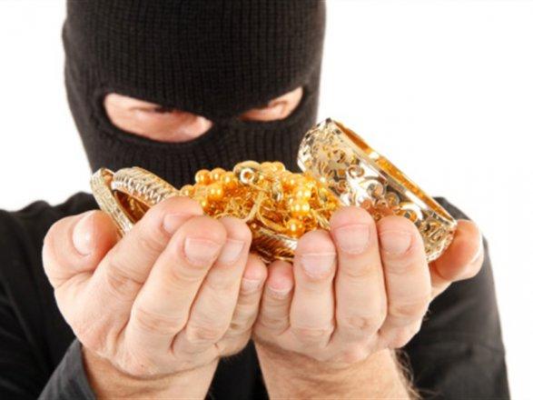Наглого золотоискателя поймали в Харькове