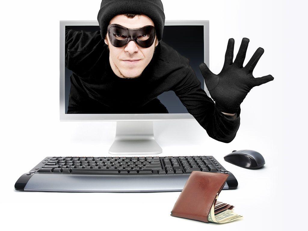 Банковские мошенники атакуют харьковчан по телефону и компьютеру