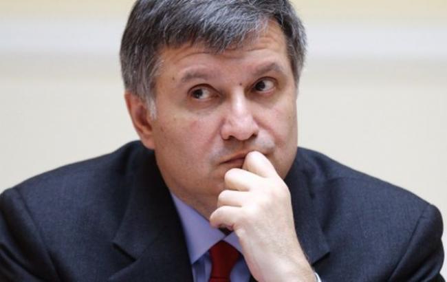 Харьковский министр пошел против скандальной подчиненной