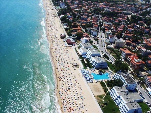Харьковчане массово скупают жилье на Черном море