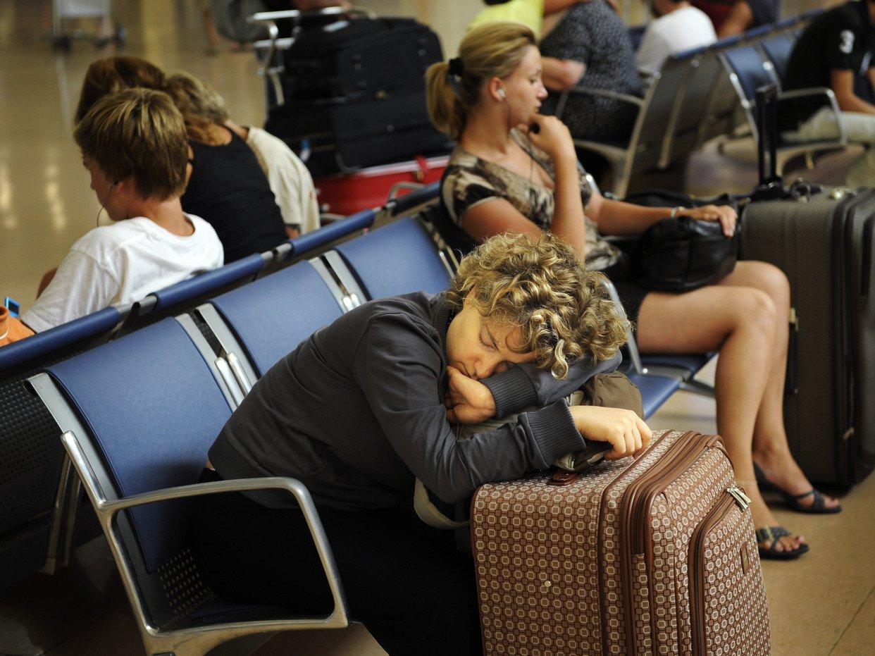 Харьковчане массово пакуют чемоданы
