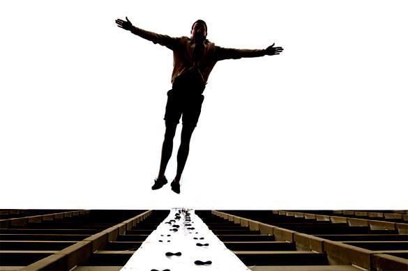Мужчина упал с высоты в Харькове