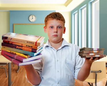 Школьникам из Харькова пять лет придется учиться по книгам с ошибками
