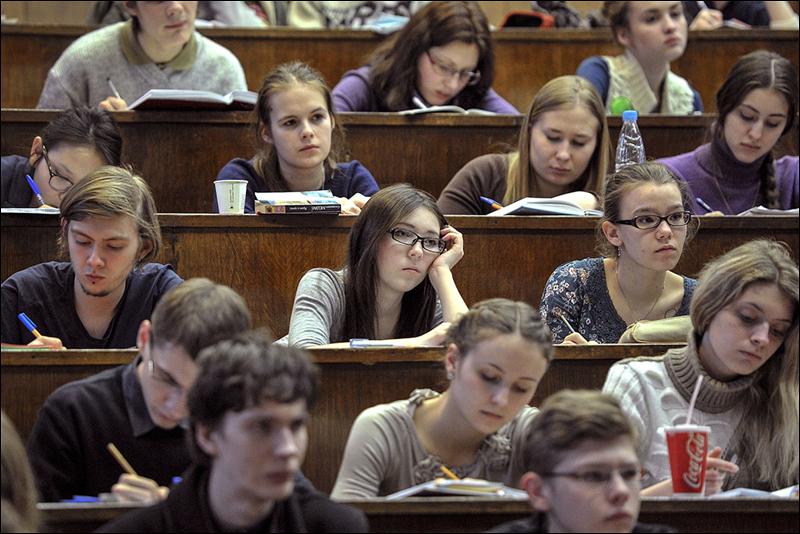 Студенты крупных вузов Харькова не получили стипендию