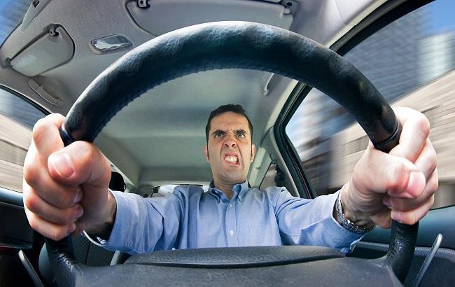 За харьковскими водителями будут следить