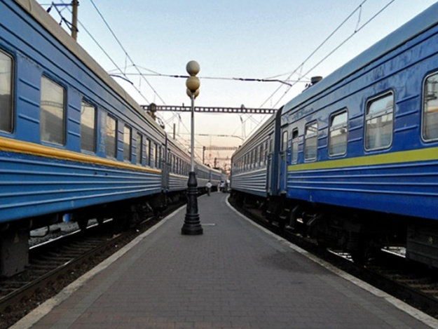 На железной дороге поезда стояли 20 часов