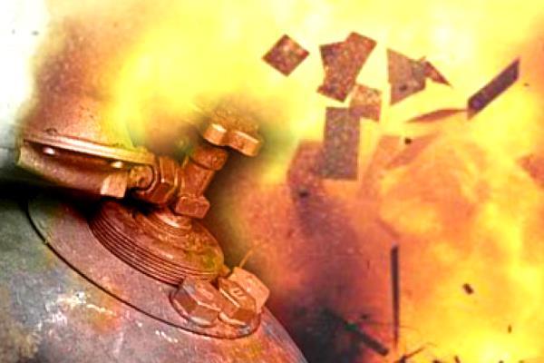 В результате взрыва в Балаклее повреждена АЗС