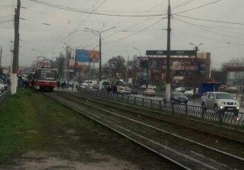 Жителям Салтовки доставили неприятности с самого утра (фото)