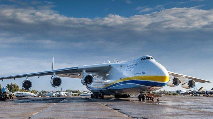Порошенко внезапно прибыл в Харьков (фото)