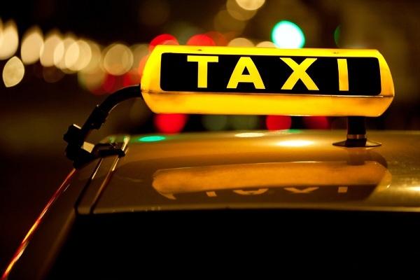 По Харькову разъезжают пьяные таксисты (фото)