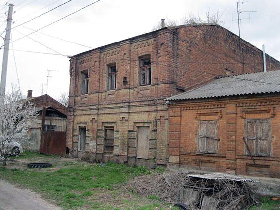 Опасный клад прятали в Харькове (фото)