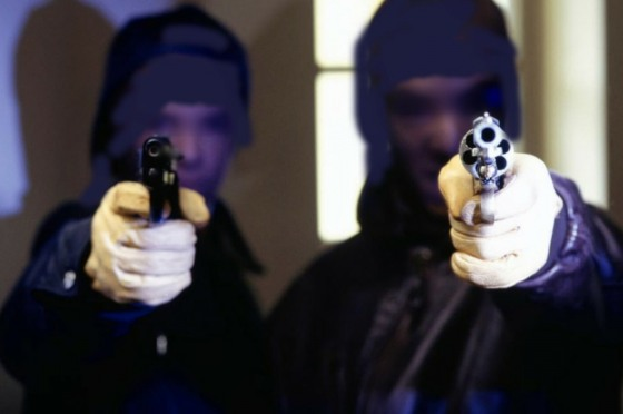 Людей, которые держали в страхе харьковских предпринимателей, отправили на растерзание судей (фото)