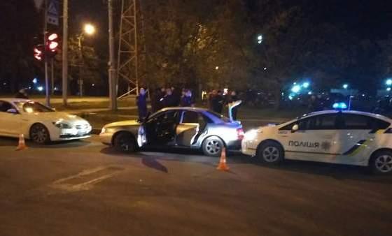 Ночью в Харькове гонялись за иностранцами (фото)