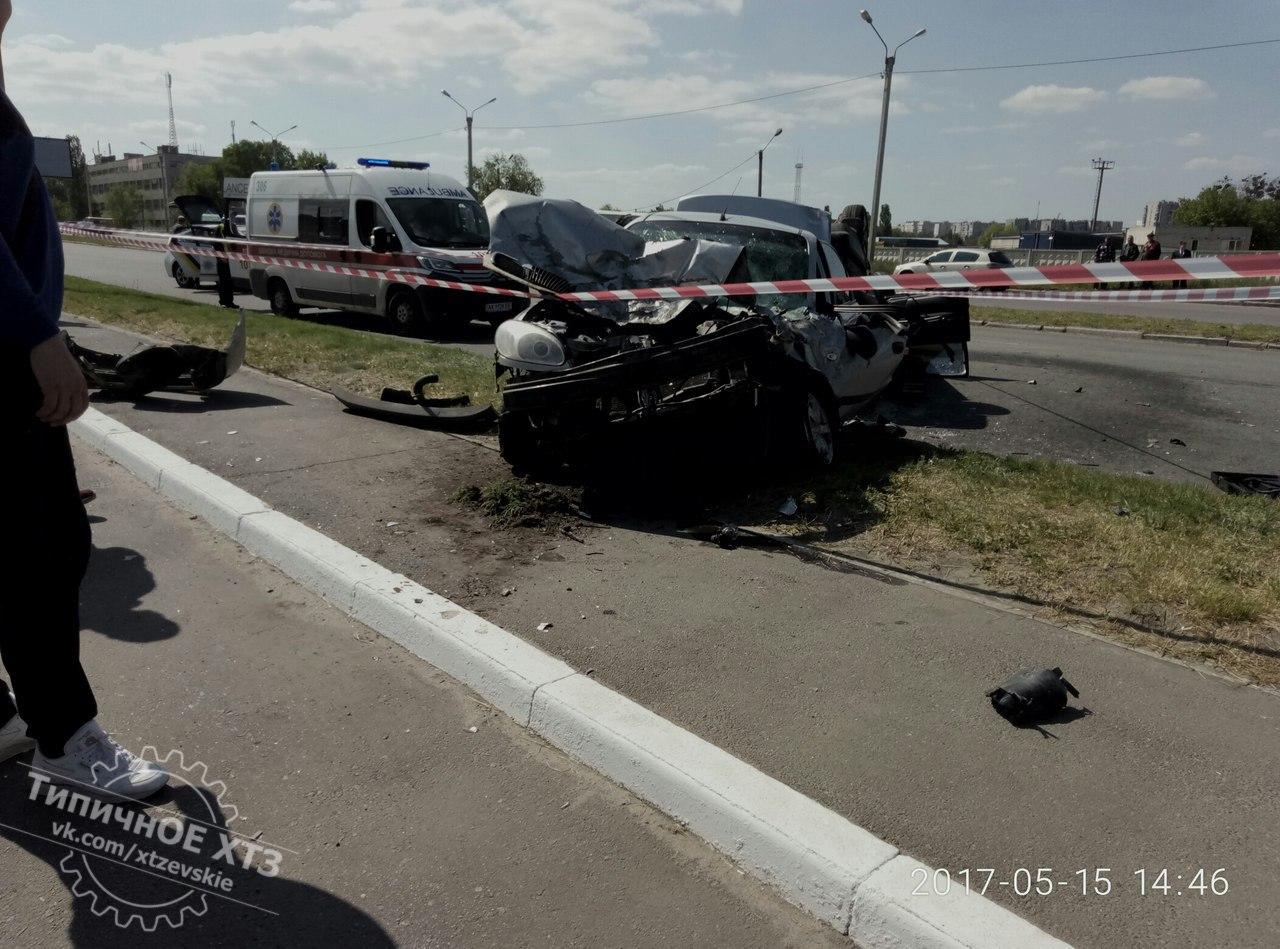 Жуткая авария в Харькове. Есть пострадавшие (фото)