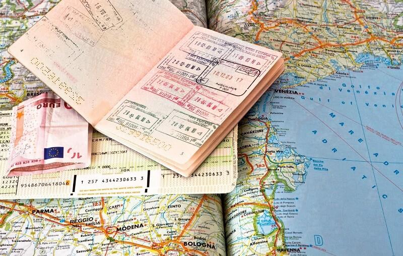 В Харькове прекратили принимать документы для выезда в Европу