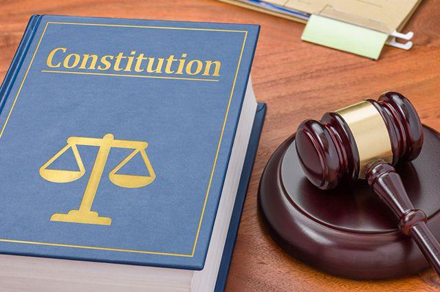 Конституция Украины. Жители Харькова совсем не ощущают заботы государства (видео)