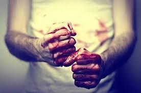 Двое мужчин учинили кровавую бойню под Харьковом