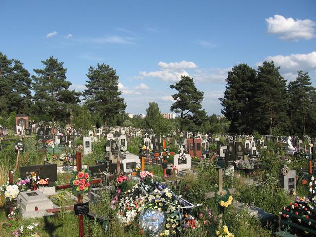 На Харьковщине труп ребенка извлекли из могилы