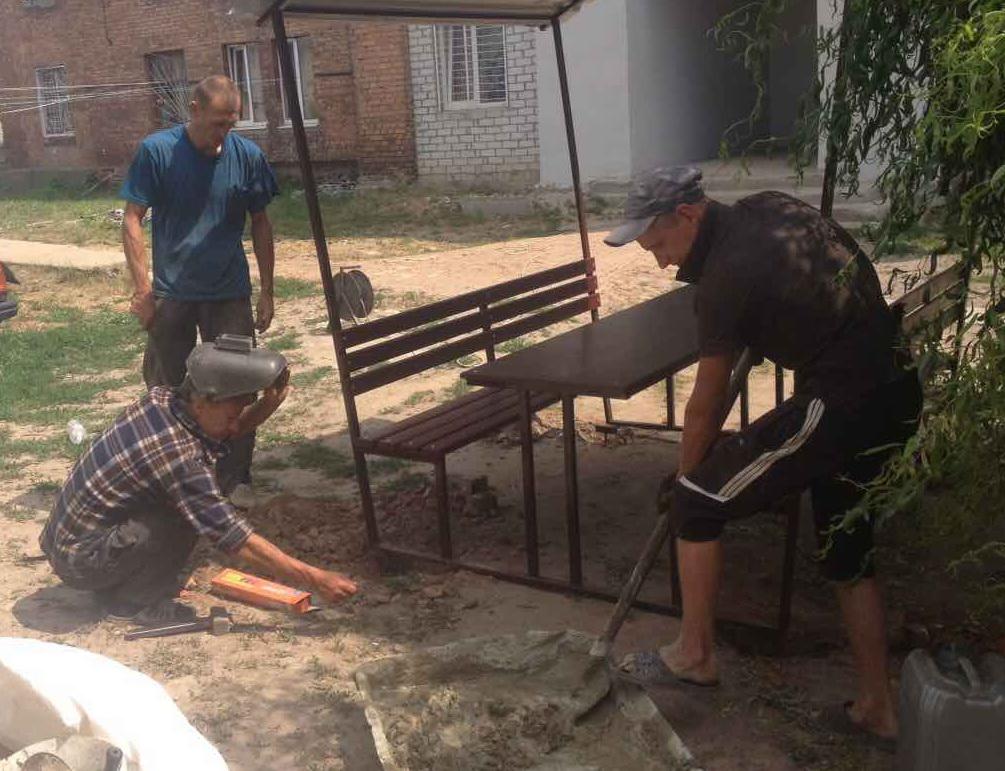 Осужденные Харькова готовят для бабушек приятный сюрприз