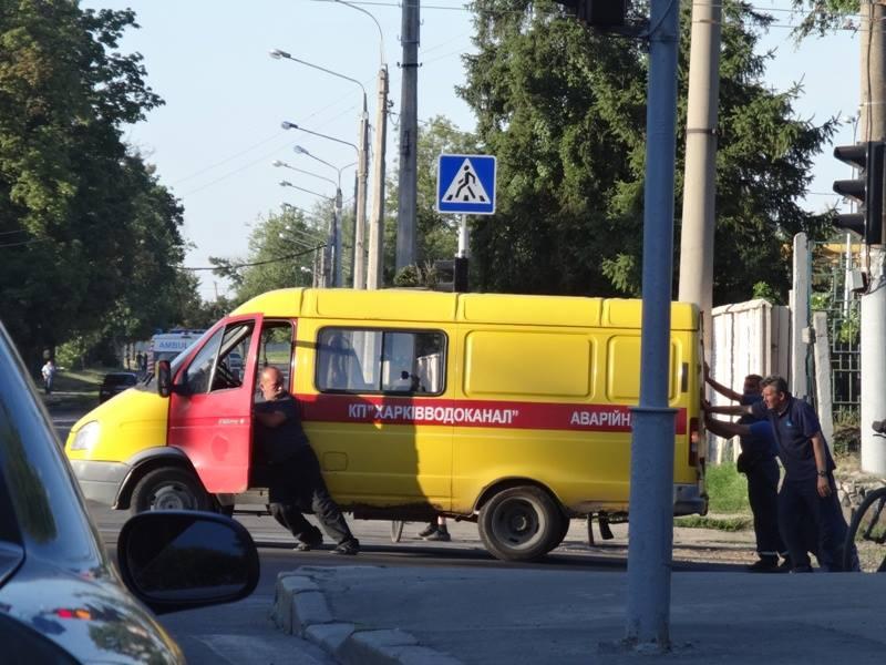Харьковчане раскрыли секрет работы коммунальщиков (фото)