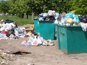 В Харькове могут остановить вывоз мусора