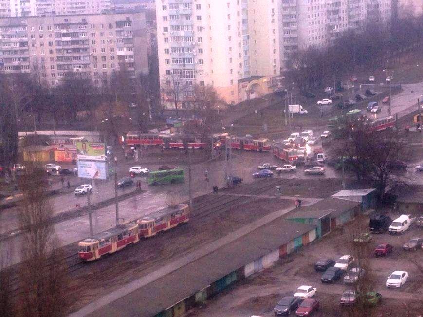 Новый Центр админуслуг принес жителям Салтовки неожиданную неприятность