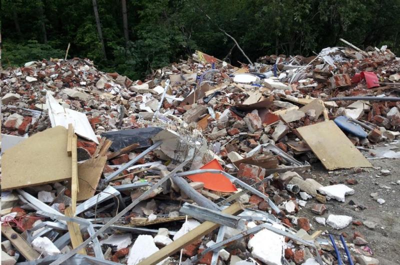 Жители Харьковщины погрязли в мусоре