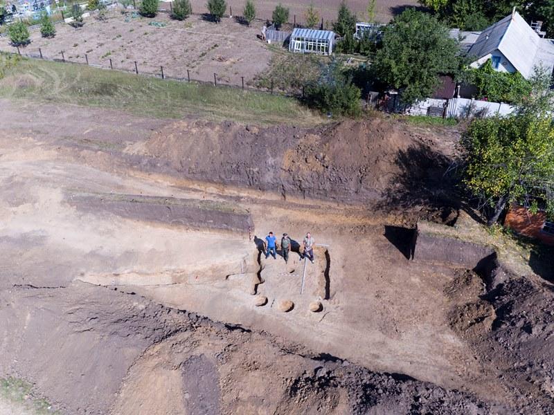 Появились первые фото раскопок древнего храма под Харьковом