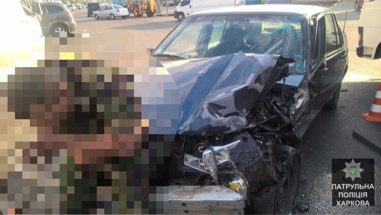 Врезультате происшествия надороге Харьковской области погибло 2 человека, еще три ранены