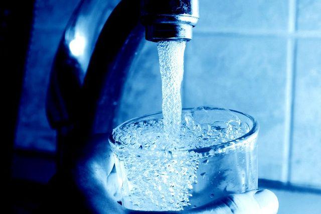 Восстановить водоснабжение на Салтовке обещают до конца дня