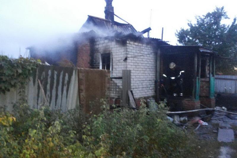 1508065245 Впожаре вХарьковской области погибли два человека, еще четверо получили разной степени ожоги