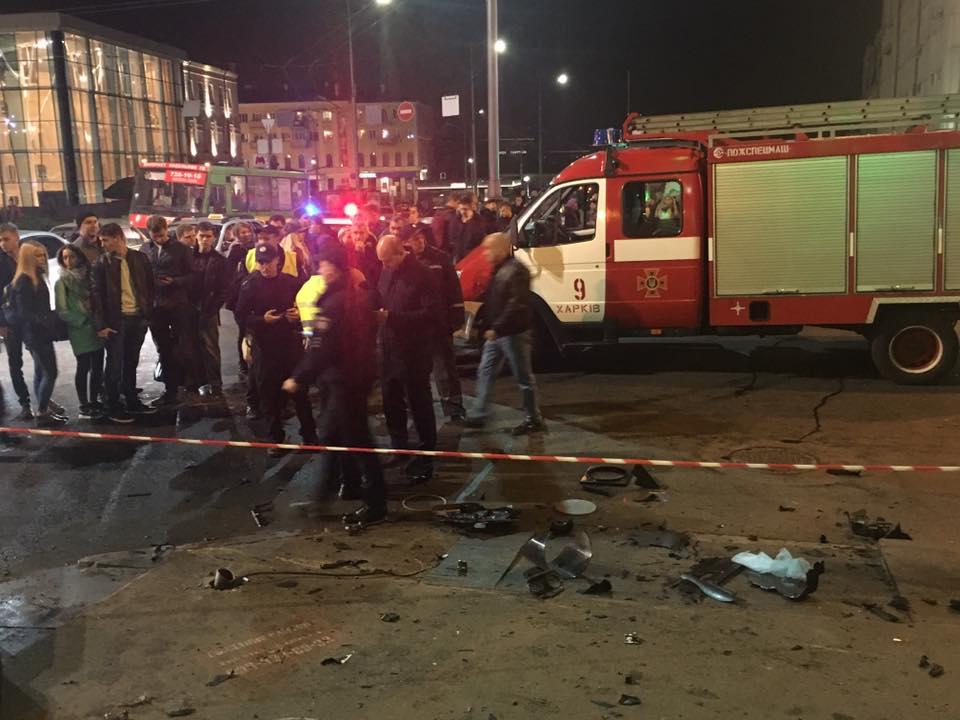 Мать и дочь погибли в страшной аварии на улице Сумской в Харькове